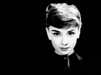 audrey-hepburn-17095-17652-hd-wallpapers