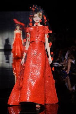 Giorgio-Armani-Privé-Haute-Couture-Fall-Winter-2014-2015-9