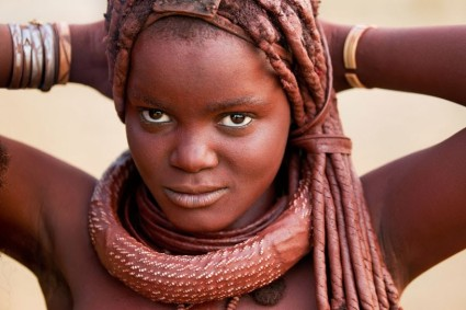 Namibia's-Himba-Struggle-To-Conserve-Their-Culture-Amid-Globalization-816x544