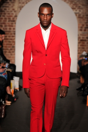 Red_Suit_72dpi