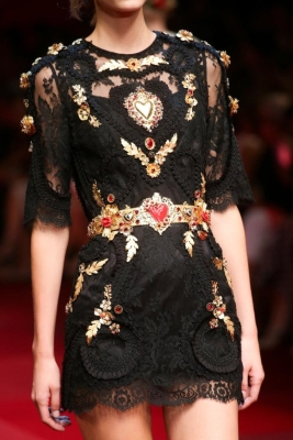 dolce-gabbana-spring-2015-rtw-details-i-loved-project-fairytale9