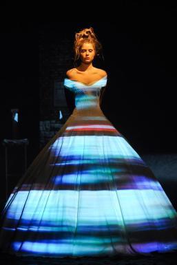 franck-sorbier-haute-couture-autumn-2012-01